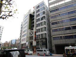 渋谷の新築ビル、竣工に向けて工事が進んでおります。
